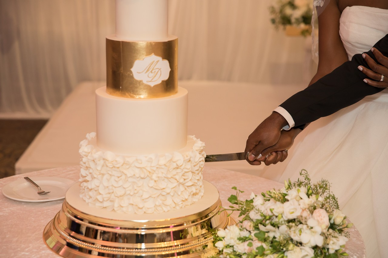 Mollineau Weddings & Events: Sourced Luxury Wedding Cake.